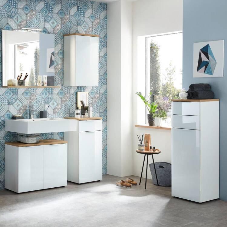 badezimmer spiegel mit ablage und led beleuchtung lub. Black Bedroom Furniture Sets. Home Design Ideas