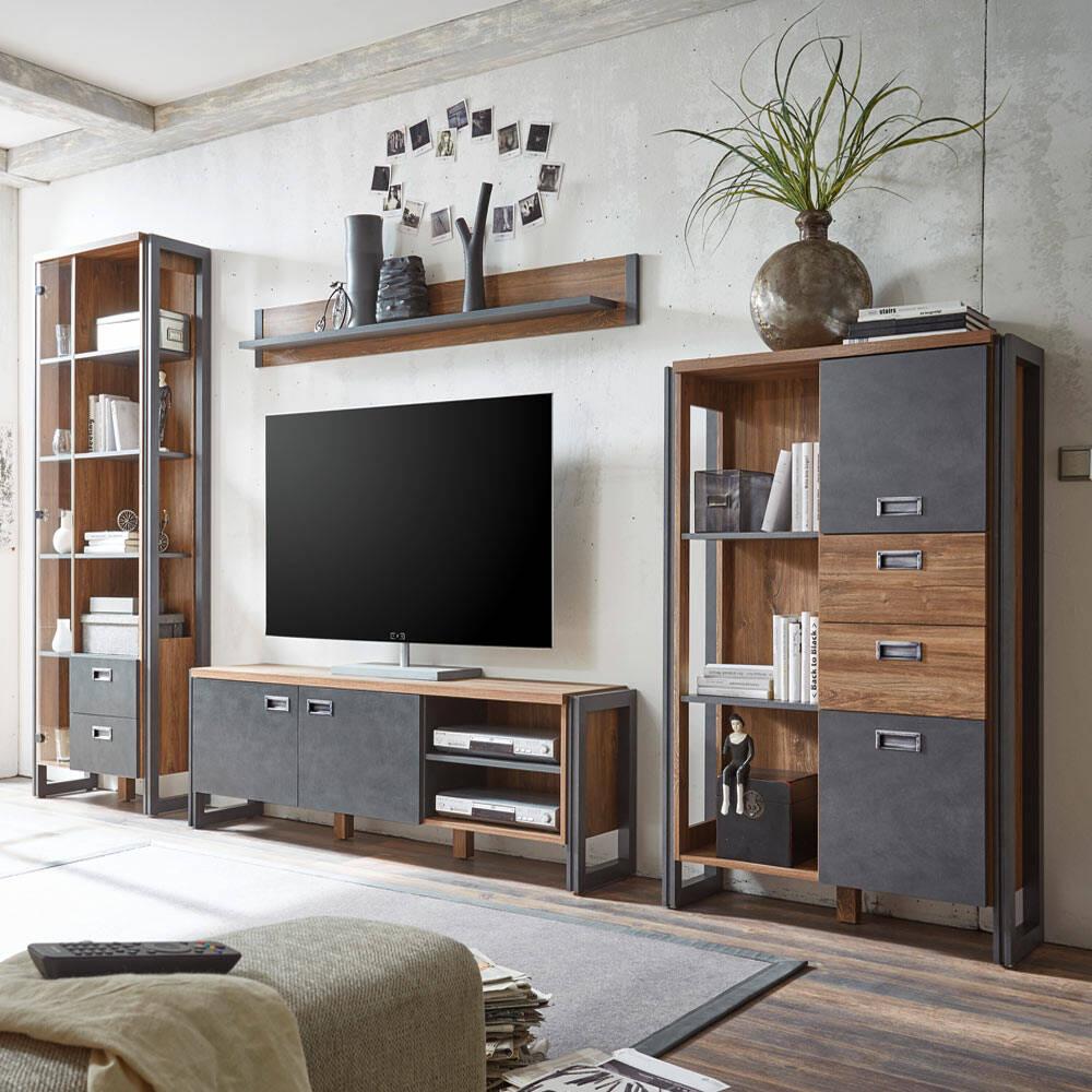Industrial-Design Wohnwand DALLAS-61 mit Absetzungen in Matera Anthrazit und Dekor Stirling Oak Nb. B/H/T ca.: 340x202x35-39 cm